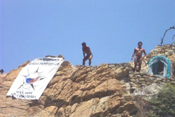 34 Acapulco divers