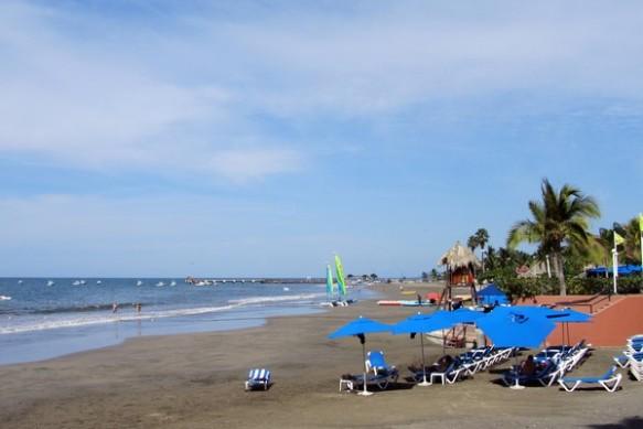 1401-6 Playa Linda